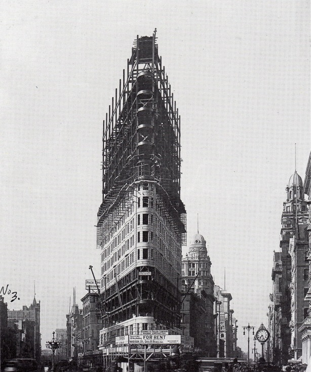 the flatiron building under construction july 1901