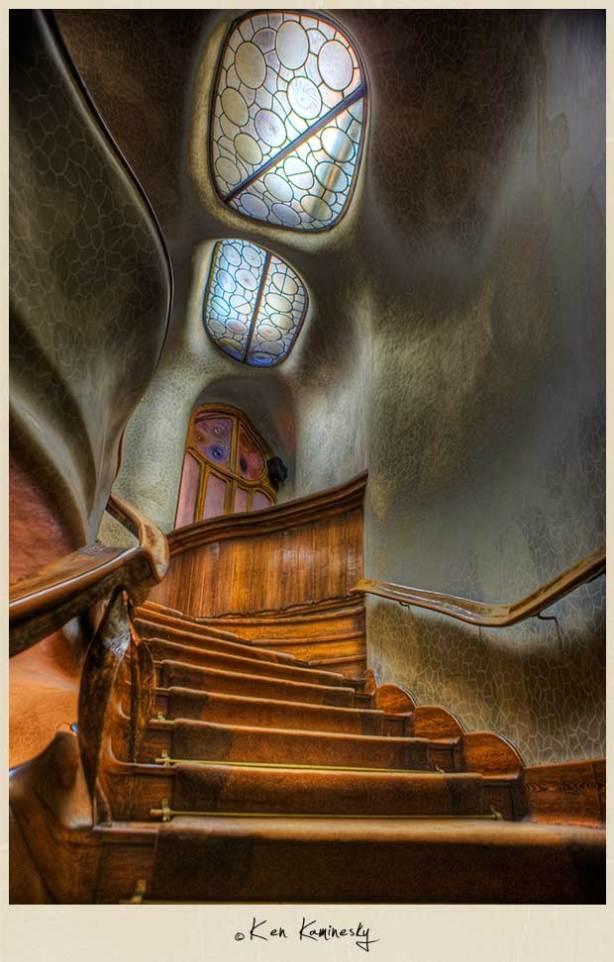 Kaminesky-Blog-Barcelona-Casa-Batllo-Stairs