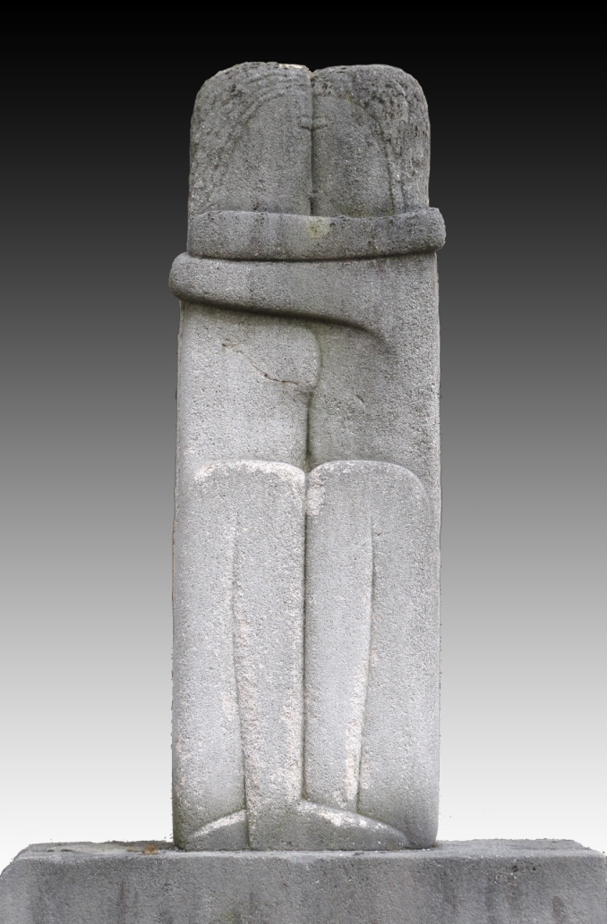 Constantin_Brancusi,_1909,_Le_Baiser_(The_Kiss),_89.5_x_30_x_20_cm,_stone,_Cimetière_de_Montparnasse,_Paris