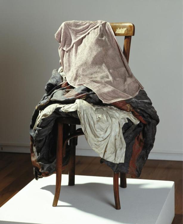 loffit_tapies-del-objeto-a-la-escultura_06